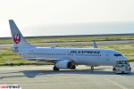 狭心症さんが、北九州空港で撮影したJALエクスプレス 737-846の航空フォト(写真)