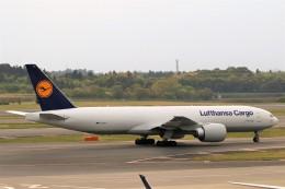 にしやんさんが、成田国際空港で撮影したルフトハンザ・カーゴ 777-FBTの航空フォト(写真)