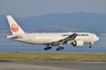 amagoさんが、関西国際空港で撮影した日本航空 777-246/ERの航空フォト(写真)