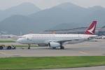JA8037さんが、香港国際空港で撮影したキャセイドラゴン A320-232の航空フォト(写真)