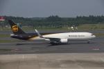 wingace752さんが、成田国際空港で撮影したUPS航空 767-34AF/ERの航空フォト(写真)