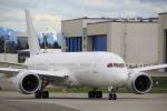 たま3さんが、ペインフィールド空港で撮影した不明 787-8 Dreamlinerの航空フォト(写真)