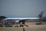 Silviaさんが、福岡空港で撮影した日本航空 777-246の航空フォト(写真)