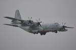 デルタおA330さんが、横田基地で撮影したアメリカ海兵隊 KC-130J Herculesの航空フォト(写真)