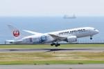 青春の1ページさんが、羽田空港で撮影した日本航空 787-8 Dreamlinerの航空フォト(写真)
