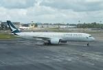 やまっちさんが、シンガポール・チャンギ国際空港で撮影したキャセイパシフィック航空 A350-941XWBの航空フォト(写真)