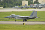 kon chanさんが、嘉手納飛行場で撮影したアメリカ空軍 F-15C-32-MC Eagleの航空フォト(写真)