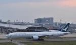 Take51さんが、関西国際空港で撮影したキャセイパシフィック航空 777-367/ERの航空フォト(写真)