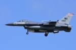 Flankerさんが、嘉手納飛行場で撮影したアメリカ空軍 F-16C-30-CF Fighting Falconの航空フォト(写真)