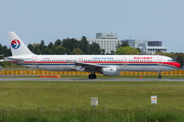 Tomo-Papaさんが、成田国際空港で撮影した中国東方航空 A321-211の航空フォト(写真)