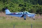 JA882Aさんが、能登空港で撮影した日本個人所有 A36TC Bonanzaの航空フォト(写真)