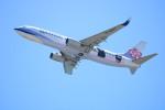 水月さんが、関西国際空港で撮影したチャイナエアライン 737-8FHの航空フォト(写真)