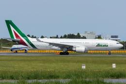 Tomo-Papaさんが、成田国際空港で撮影したアリタリア航空 A330-202の航空フォト(写真)