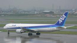 うすさんが、伊丹空港で撮影した全日空 767-381の航空フォト(写真)