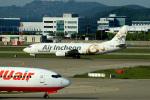 BARCAさんが、仁川国際空港で撮影したエア・インチョン 737-4Y0/SFの航空フォト(写真)