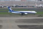 職業旅人さんが、羽田空港で撮影した全日空 767-381の航空フォト(写真)