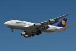 小弦さんが、バンクーバー国際空港で撮影したルフトハンザドイツ航空 747-430の航空フォト(写真)