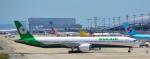 toyoquitoさんが、関西国際空港で撮影したエバー航空 777-36N/ERの航空フォト(写真)