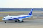 中村 昌寛さんが、新千歳空港で撮影した全日空 777-281の航空フォト(写真)