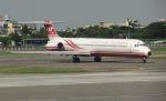 Rsaさんが、高雄国際空港で撮影した遠東航空 MD-83 (DC-9-83)の航空フォト(写真)