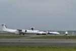 くーぺいさんが、新千歳空港で撮影したユニカル・アヴィエーション DHC-8-402Q Dash 8の航空フォト(写真)