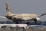 多楽さんが、成田国際空港で撮影したエティハド航空 787-9の航空フォト(写真)