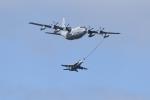 ばとさんが、岩国空港で撮影したアメリカ海兵隊 KC-130J Herculesの航空フォト(写真)