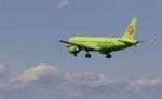 トラッキーさんが、成田国際空港で撮影したS7航空 A320-214の航空フォト(写真)