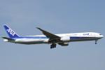 B747‐400さんが、成田国際空港で撮影した全日空 777-381/ERの航空フォト(写真)