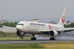 ShiShiMaRu83さんが、伊丹空港で撮影した日本航空 767-346/ERの航空フォト(写真)