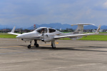 はるかのパパさんが、宇都宮飛行場で撮影したアルファーアビエィション DA42 TwinStarの航空フォト(写真)