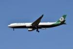 sonnyさんが、成田国際空港で撮影したエバー航空 A330-302の航空フォト(写真)
