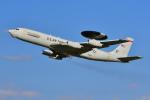 はるかのパパさんが、横田基地で撮影したアメリカ空軍 E-3B Sentry (707-300)の航空フォト(写真)