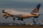 ぎんじろーさんが、成田国際空港で撮影したユナイテッド航空 747-422の航空フォト(写真)