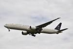 flying-dutchmanさんが、ロンドン・ヒースロー空港で撮影したサウディア 777-368/ERの航空フォト(写真)