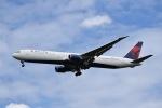 flying-dutchmanさんが、ロンドン・ヒースロー空港で撮影したデルタ航空 767-432/ERの航空フォト(写真)