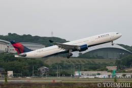 遠森一郎さんが、福岡空港で撮影したデルタ航空 A330-323Xの航空フォト(写真)