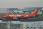 ころころさんが、トゥールーズ・ブラニャック空港で撮影したイージージェット A320-214の航空フォト(写真)