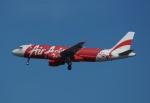 やまっちさんが、シンガポール・チャンギ国際空港で撮影したエアアジア A320-216の航空フォト(写真)