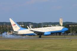 Nambu201さんが、横田基地で撮影したアメリカ空軍 C-40B BBJ (737-7DM)の航空フォト(写真)