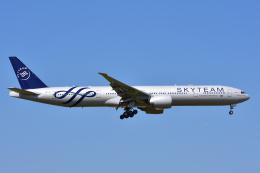 ぱん_くまさんが、成田国際空港で撮影したガルーダ・インドネシア航空 777-3U3/ERの航空フォト(写真)