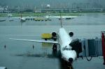 Harry Lennonさんが、台北松山空港で撮影した遠東航空 MD-82 (DC-9-82)の航空フォト(写真)