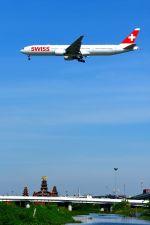 まいけるさんが、スワンナプーム国際空港で撮影したスイス航空 777-3DE/ERの航空フォト(写真)