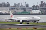 ぽん太さんが、羽田空港で撮影した日本航空 777-346の航空フォト(写真)
