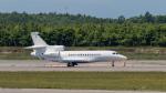 うみBOSEさんが、新千歳空港で撮影したウィルミントン・トラスト・カンパニー Falcon 7Xの航空フォト(写真)
