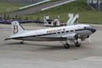 プルシアンブルーさんが、仙台空港で撮影したスーパーコンステレーション飛行協会 DC-3Aの航空フォト(写真)