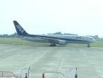 職業旅人さんが、鹿児島空港で撮影した全日空 767-381/ERの航空フォト(写真)