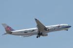 たかきさんが、福岡空港で撮影したチャイナエアライン A330-302の航空フォト(写真)