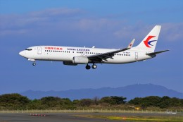 yoshibouさんが、静岡空港で撮影した中国東方航空 737-89Pの航空フォト(写真)