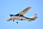 Mizuki24さんが、調布飛行場で撮影した水産航空 U206G Stationair 6 IIの航空フォト(写真)